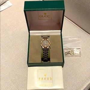 Gucci Vintage Stainless Steel Gold Woman's Watch